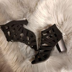 Super Pretty TOP Moda Black Strappy Sandals